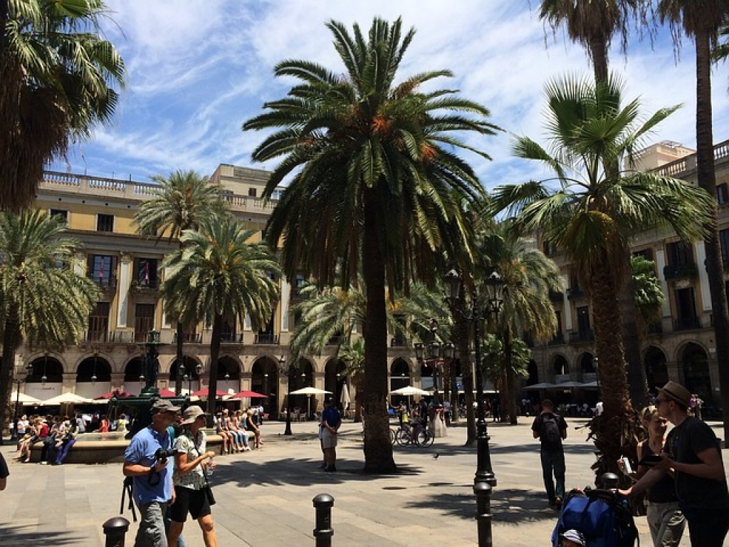 cheap city break to Barcelona